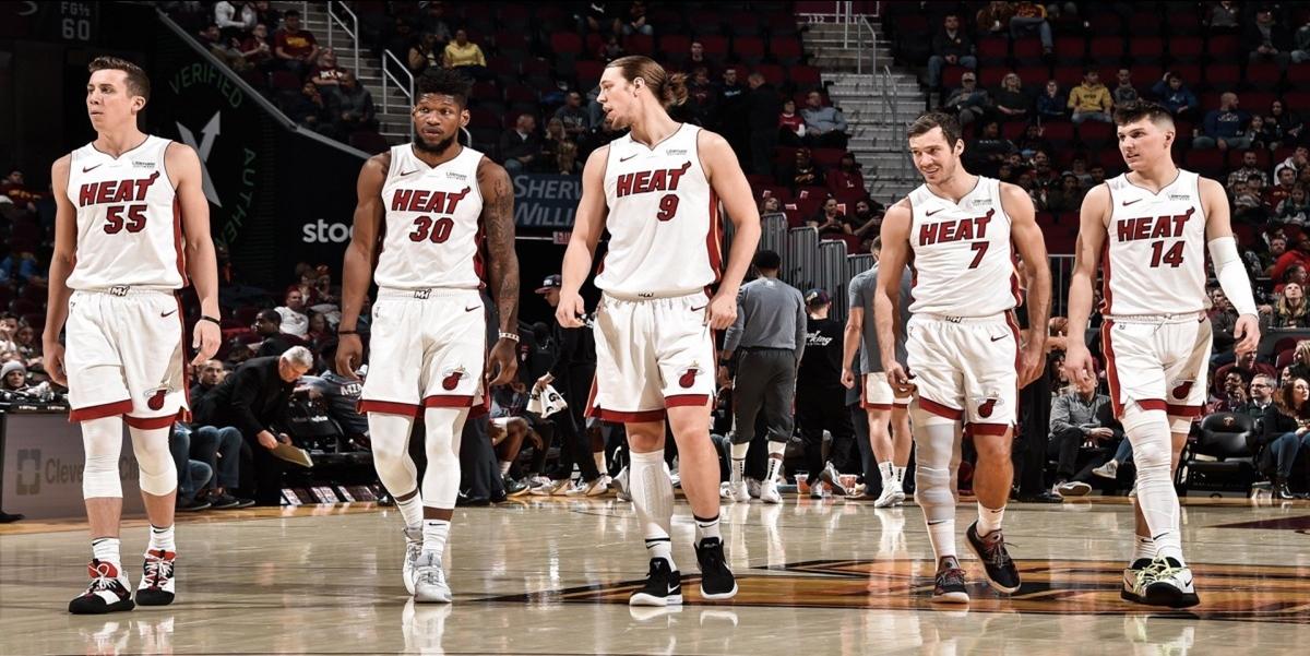 Panas Lagi, Miami Heat Bertahan Di Papan Atas